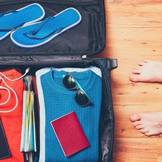5 Things you should pack in your carry on when travelling by coach